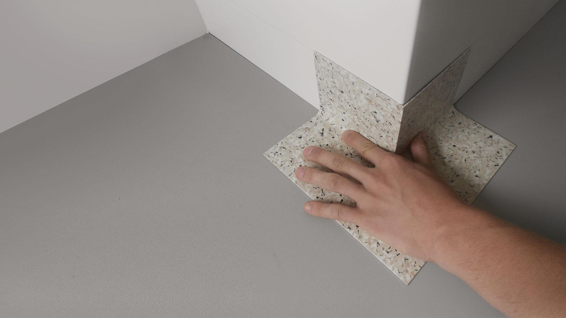 PROFIL Kunststoff GmbH - graue Fertigecke bei der Einzelverlegung an einer Säule